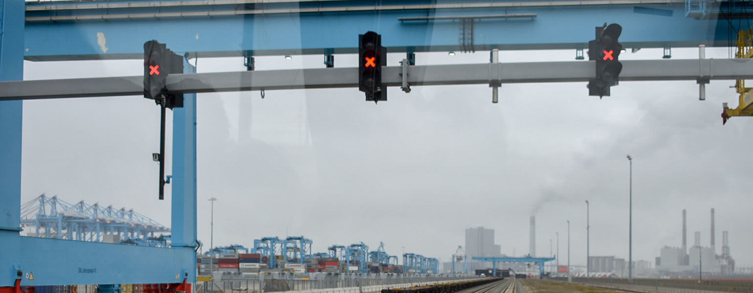 Study Trip in the port of Rotterdam for the students of the MSc International Trade & Logistics - KEDGE